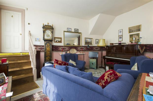 Sitting Room (View 3
