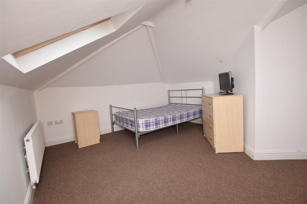 Bedroom Two - Flat 3