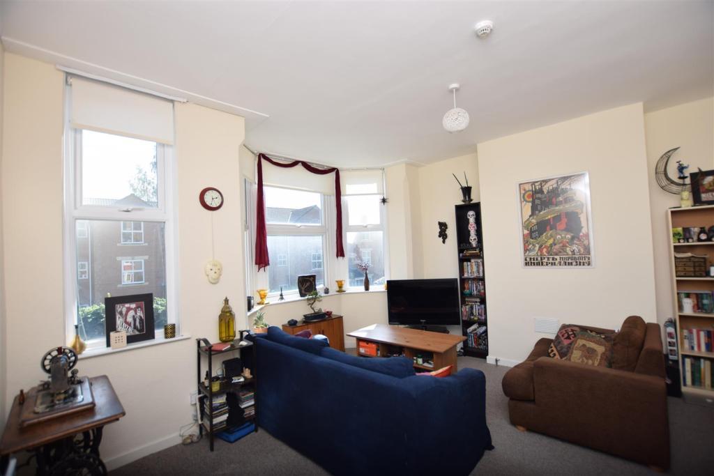 Flat 2 | Living Room