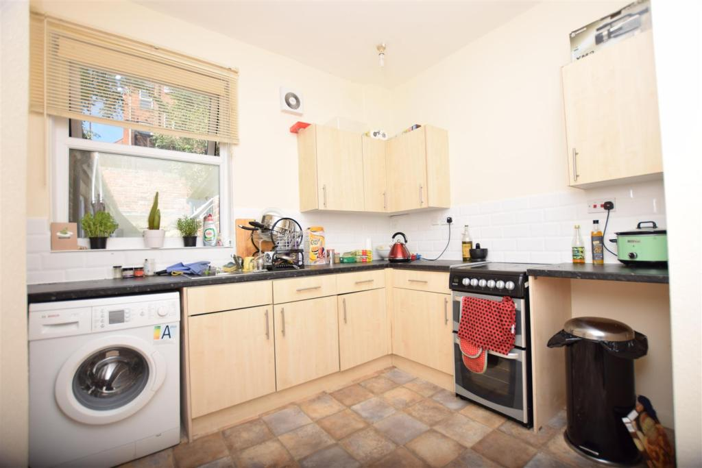 Flat 2 | Kitchen