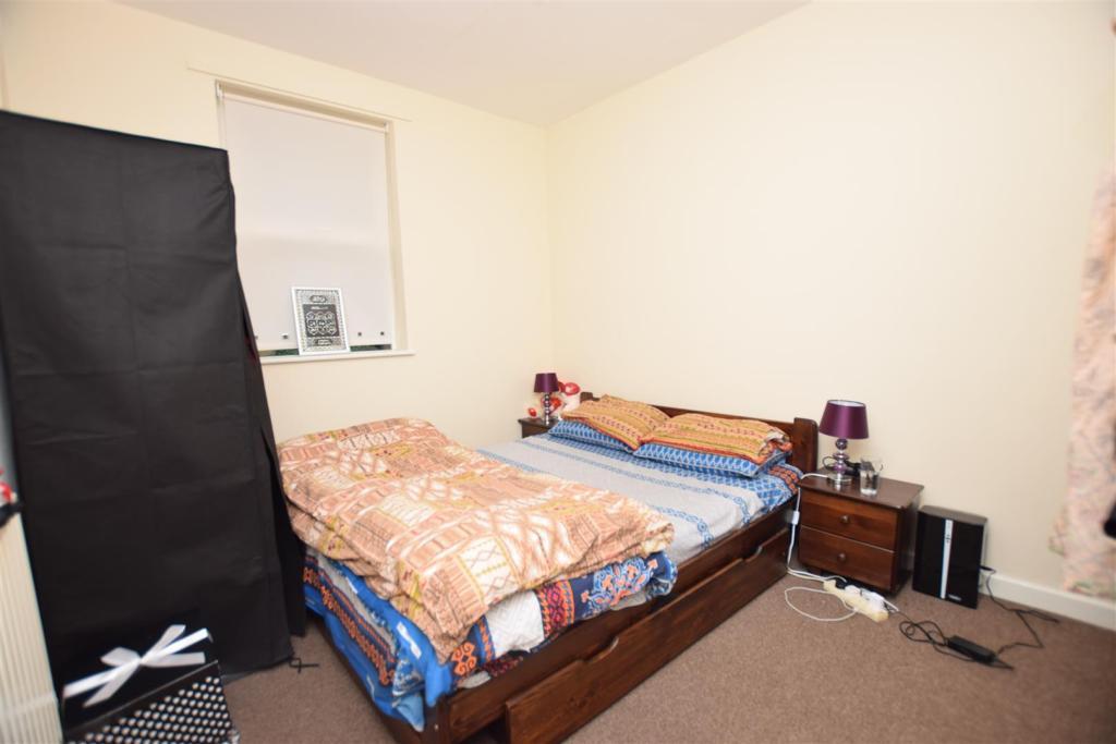 Flat 1 | Bedroom