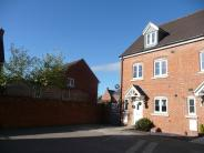 3 bed Town House in Taw Hill, Swindon