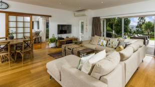 4 bed home for sale in Auckland, North Shore