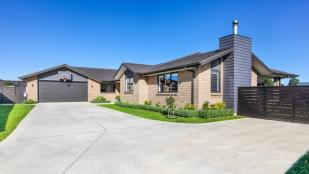 4 bedroom house for sale in Auckland