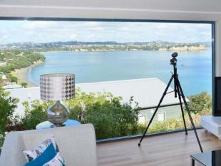 4 bedroom home in Tindalls Beach, Auckland
