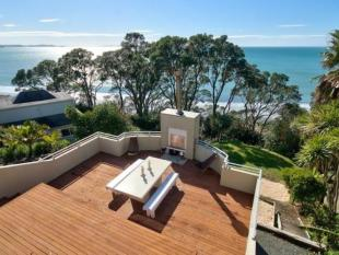 3 bedroom house in Red Beach, Auckland