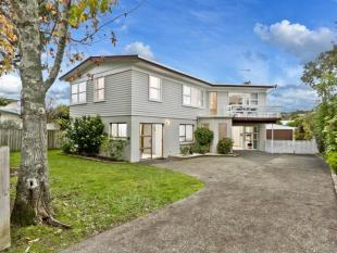 6 bed home in Hillcrest, Auckland