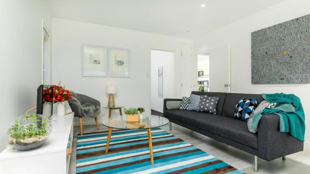2 bedroom house for sale in Auckland, North Shore