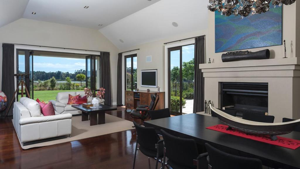 8 bed house for sale in Auckland, Manukau