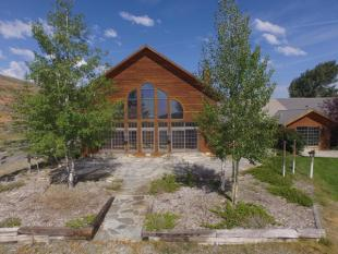 18 bedroom Farm House for sale in Wyoming, Fremont County...