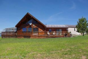 2 bedroom house for sale in Wyoming