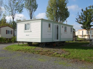 2 bedroom Mobile Home for sale in Pays de la Loire, Vend�e...