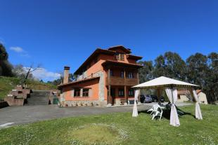 4 bed Detached Villa for sale in Ribadesella, Asturias...