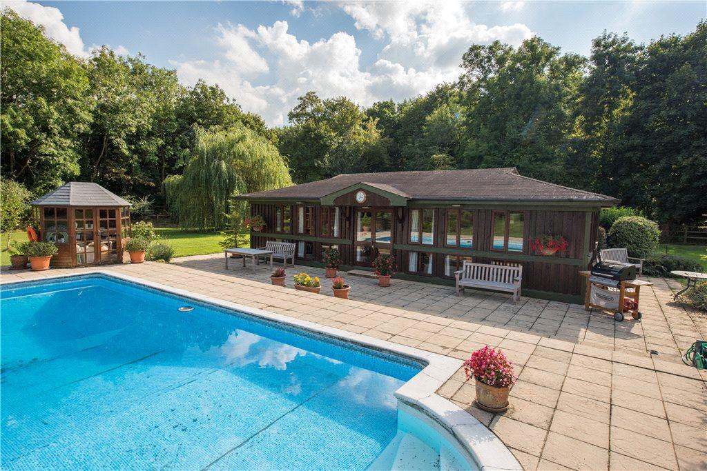 Pool Room, Lodge
