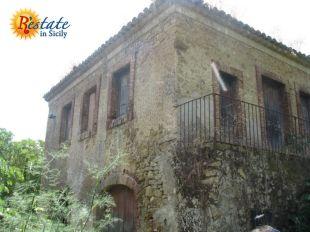 Detached Villa for sale in Sicily, Enna, Enna