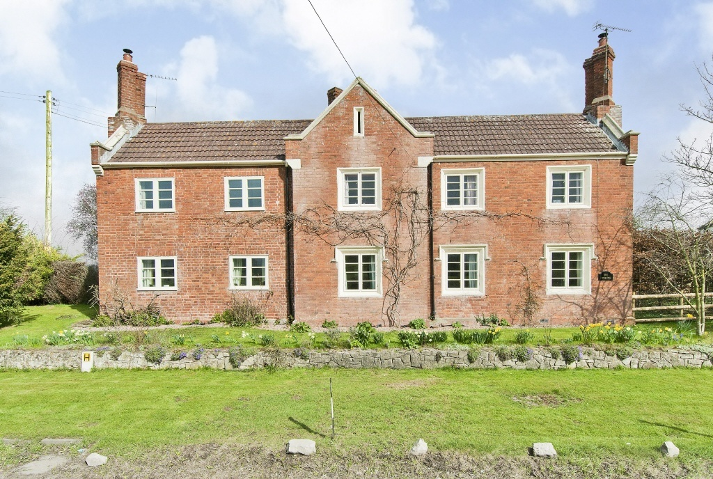 4 Bedroom Detached House For Sale In The Chimneys Hampton Bishop Herefordshire Hr1