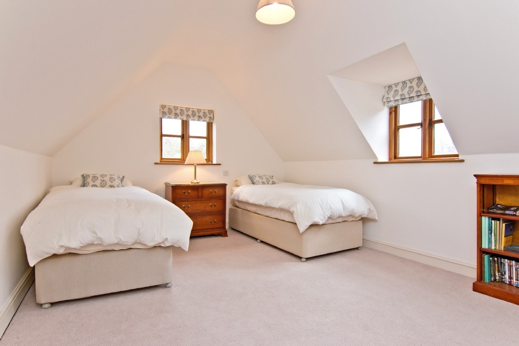 3 Bedroom Cottage For Sale In Pearmain Cottage The Moor