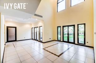 4 bed Apartment for sale in Canal Cove...