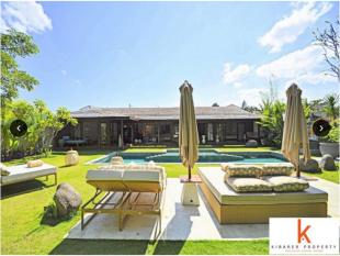 3 bed new house in Seminyak, Bali