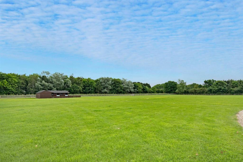 Rowden House Farm fp