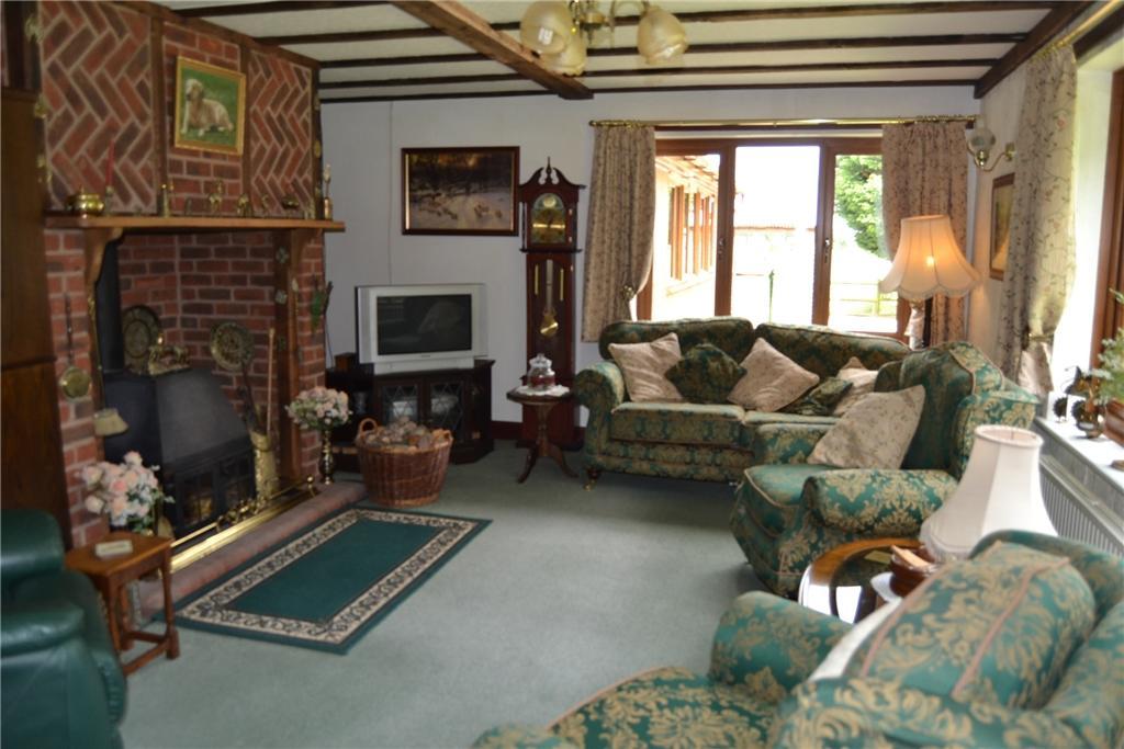 Treetops Living room