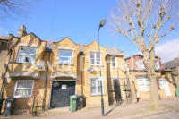 3 bedroom Terraced house in Trelawn Road, London, E10