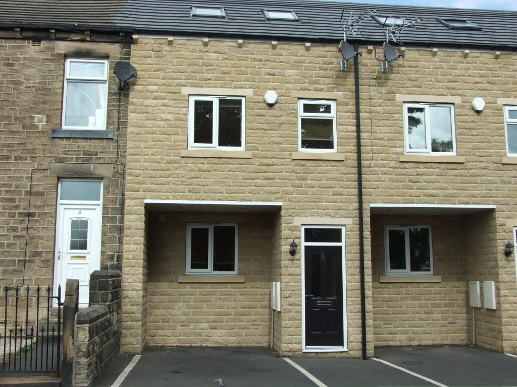 2 bedroom terraced house to rent 2D Kitson Hill Road,Mirfield,WF14