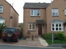2 bedroom semi-detached house to rent                    4 Chestnut Meadows,Mirfield,WF14