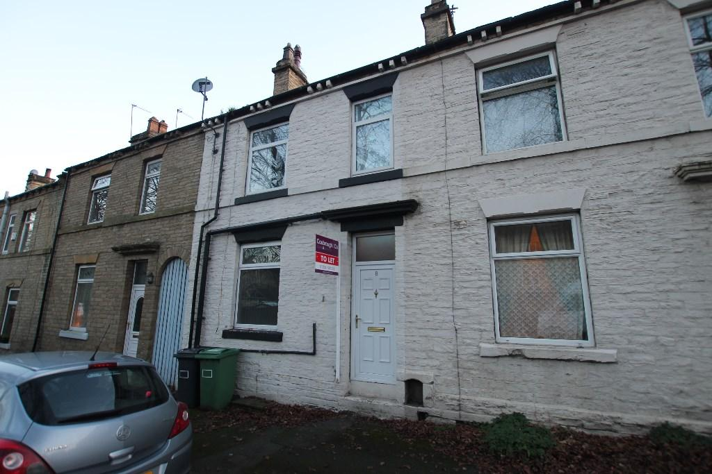 2 bedroom terraced house to rent Valley Road, Cleckheaton, West Yorkshire, BD19