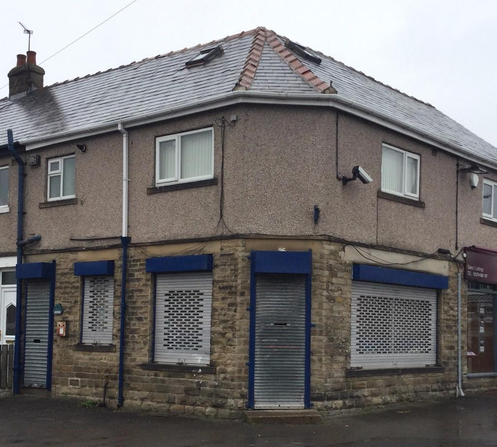 Office to rent Town Gate, Bradford, West Yorkshire, BD12