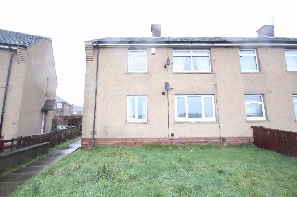 2 bedroom ground floor flat to rent                    Crossdale Avenue, Bradford, West Yorkshire, BD6