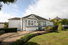 Detached Bungalow to rent in Park Road Bishopbriggs...
