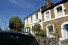 Studio flat in Mill Hill Road, Acton...