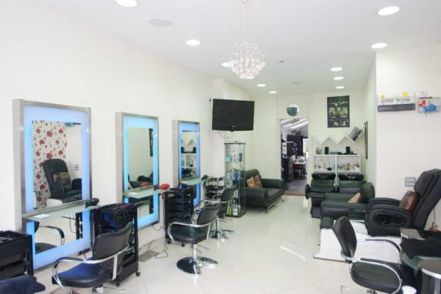 Commercial property to rent in churchfield road acton w3 for Acton nail salon