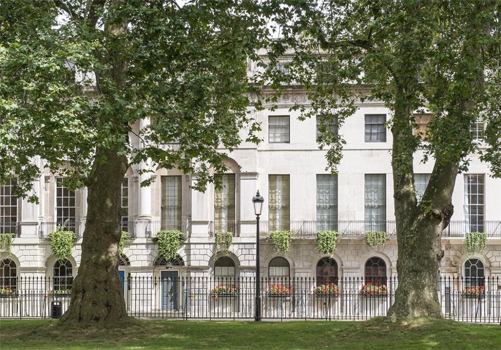 Fitzroy Square W1
