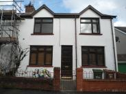 3 bed house in Penallta Road Ystrad...