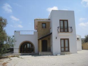 4 bedroom Villa in Kyrenia, Malatya