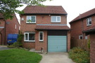 3 bed Detached home in Morville Court...