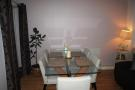 2 bed property in Woking