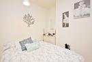 4 bedroom Apartment in Ockley Road, London, SW16
