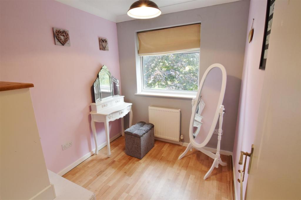 Bedroom 3 (3).JPG