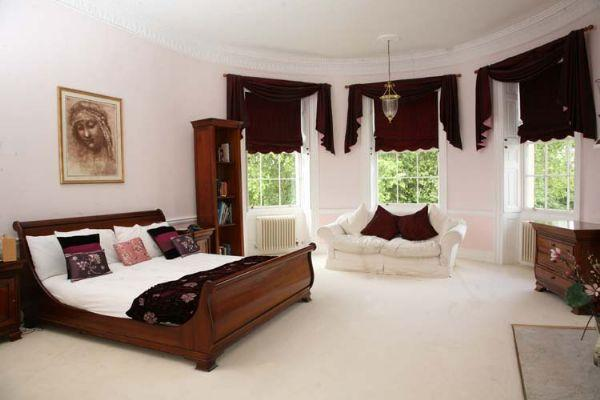 8 Bedroom Detached House For Sale In East Malling West