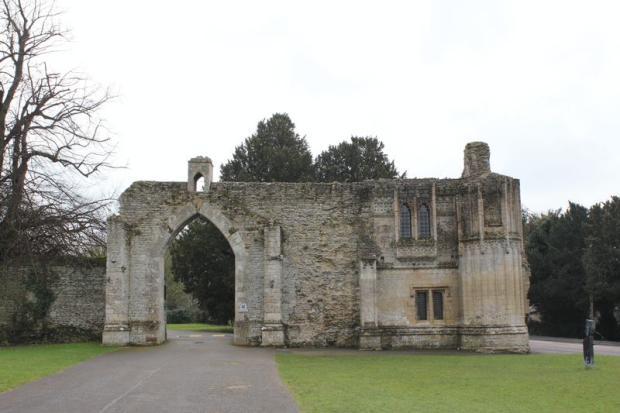 Abbey Gatehous...