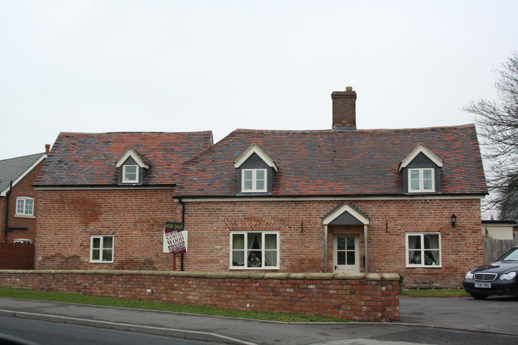 4 Bedroom Detached House For Sale In The Fox Cross Houses