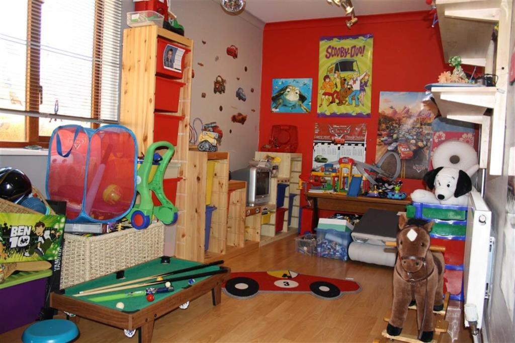 Hobby / Play Area