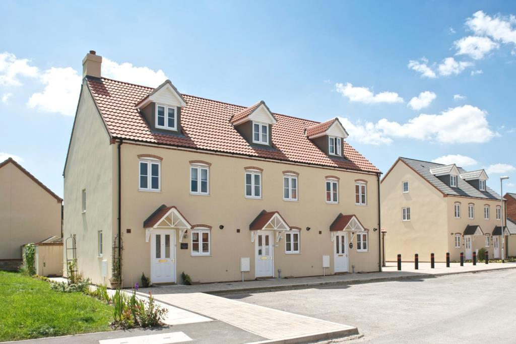 3 bedroom end of terrace house for sale in wells road