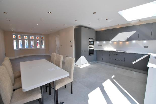 Open Plan Living/Kitchen/Dining