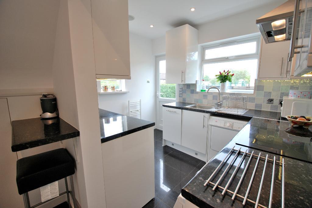 Kitchen/B'fast Room - Alternative View