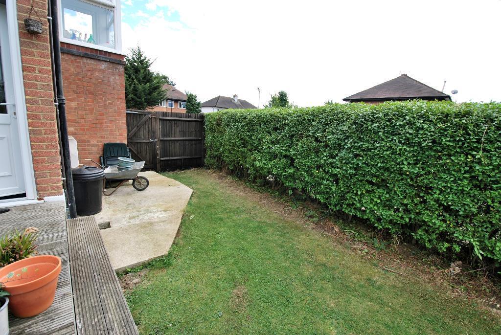 Side Access & Garden
