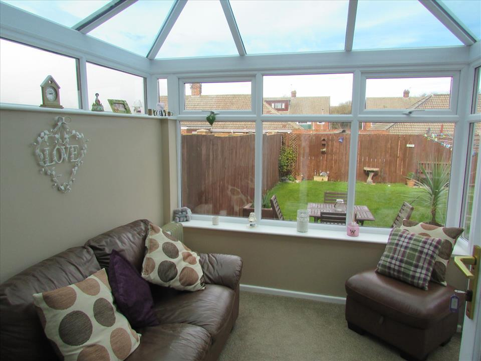 3 bedroom semi detached house for sale in king oswy drive for Best bathrooms hartlepool